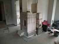 Topeniště je postavené, stejně tak i spodek tahů.
