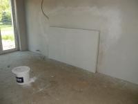 Topná stěna do druhého pokoje v patře.